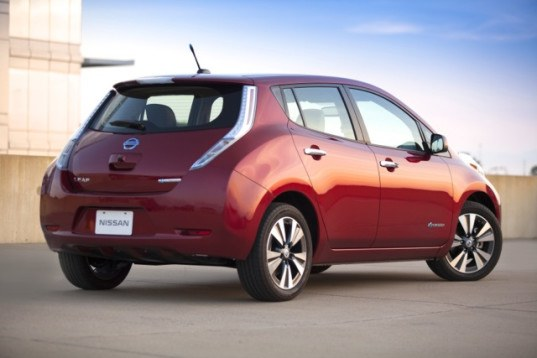 Nissan, Nissan Leaf, Nissan electric car, electric car, green car, green transportation, electric motor, electric vehicle