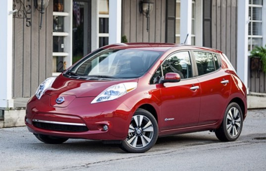 Next-Generation Nissan Leaf to Have Double the Driving Range