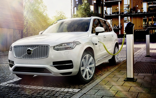 2015 Volvo Xc90 Plug In Hybrid Is Worlds First Vehicle To Offer