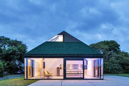 green design, eco design, sustainable design, Benthem Crouwel Architects, Texel, Wadden Islands, Glass curtain, vacation home