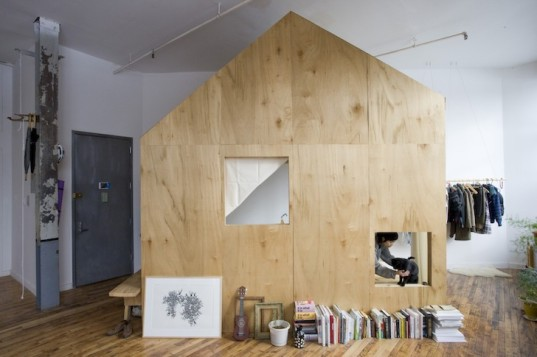 airbnb, adam frezza, terry chiao, bushwick, brooklyn, cabin in a loft, luan plywood, mini cabin, treehouse, cabin, micro cabin, daylight, plywood, high ceilings, former textile factory, airbnb cabin, micro dwelling, artist loft