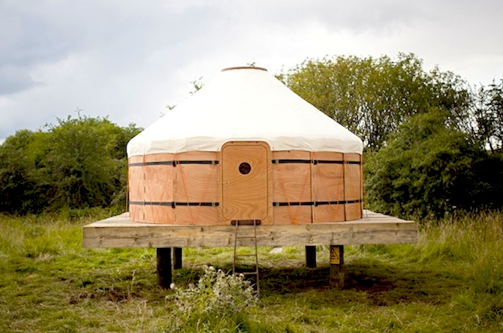 Trakke Transforms Ancient Yurt into a Packable Round House That Pops ...