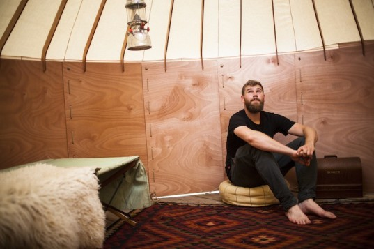 Jero, trakke, Maklab, Uula Jero, yurt, yurt design, modern yurt, pop up yurt, round house, pop up round house, cnc fabrication, cnc, cotton canvas, marine plywood, portable house, nomadic lifestyle