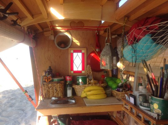 green design, eco design, sustainable design, caravan, Gypsy Caravan, Barry Howard, Aimlessly Wandering Artist, mobile home, tiny home on wheels