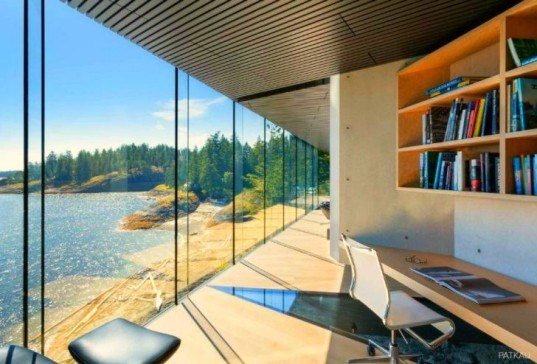 Patkau Architects, Tula House, Quadra Island, British Columbia, architecture, home design, BC architecture, green roof, blended design, floating homes, cantilevered decks, pacific ocean views, Governor General's Medal, Canadian Architect Award of Excellence,
