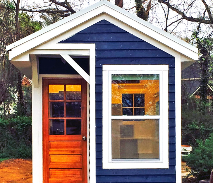 Brilliant Thirteen Year Old Builds Her Own Tiny Dream Home From Scratch!