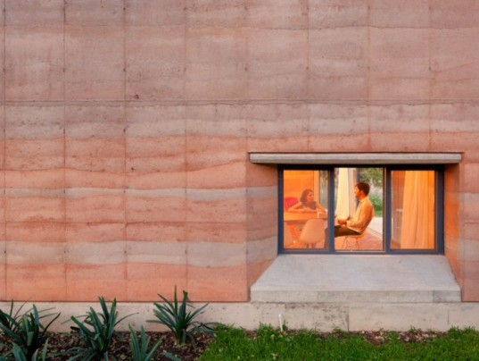 Architect Provides Budget-Minded Family with Stunning Rammed Earth Ajijic House