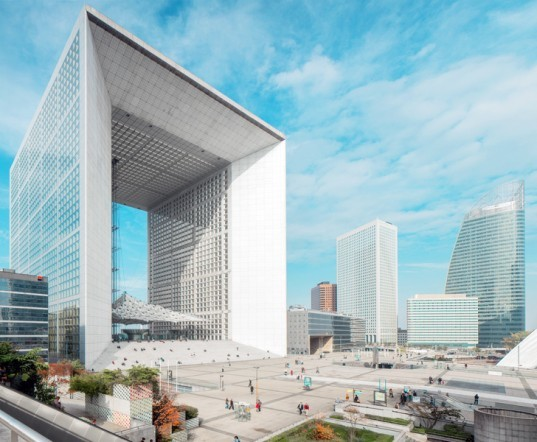 La Grande Arche renovation, La Défense cube, French architecture, Paris architecture, Paris architecture renovation, Paris skyline, La Defense, building restoration, iconic building restoration, Paul Andreu buildings, Johann Otto von Spreckelsen, Danish architects