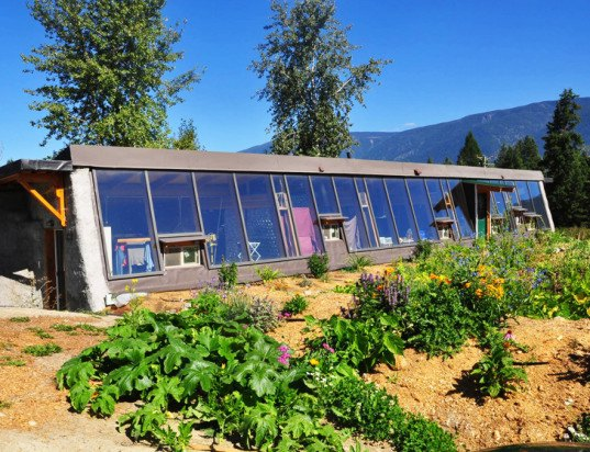 Darfield Earthship Sept2014