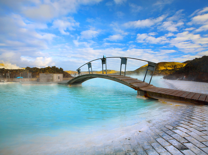 Iceland S Blue Lagoon Spa Bubbles With Nutrient Rich