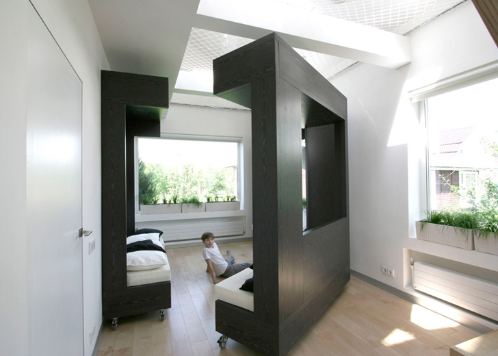 Amazing Transforming Cube Packs Many Rooms In One Interior
