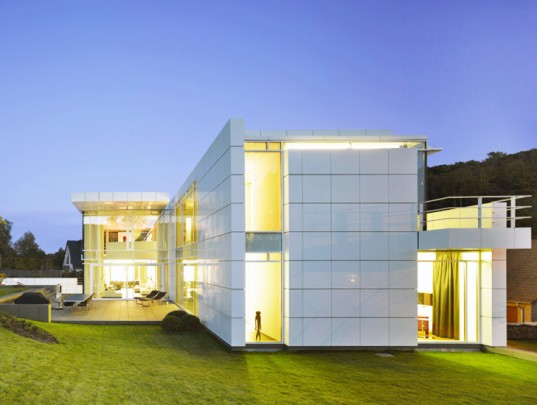 The luxembourg house is richard meier partners most for Luxembourg house