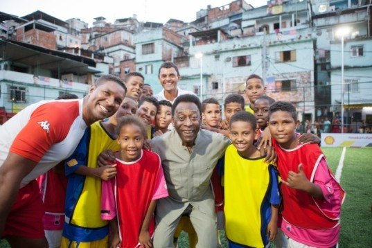 Pele And Shell Oil Launch The World S First Kinetic Energy