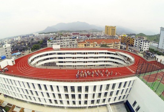 Zhejiang, LYCS Architecture, Tiantai, China, rooftop running track, running track, elementary school, space saving architecture, recreational design