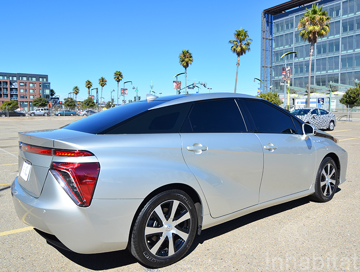 10 Things You Need To Know About The 2015 Toyota Fcv Fuel