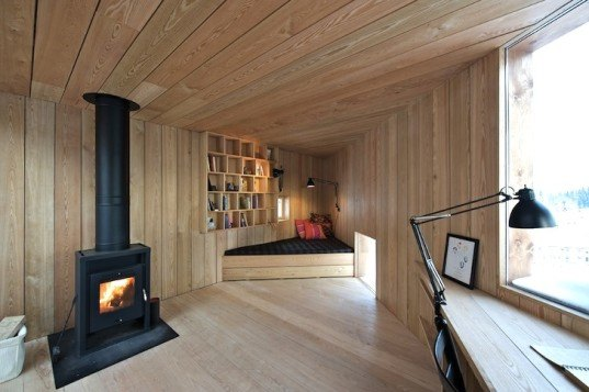 Jarmund/Vigsnæs Arkitekter, JVA, writer's cottage, cabin, wood cabin, wooden cabin, norway, asker, tiny cabin, writer's cabin, wood house, wood architecture, sun shade