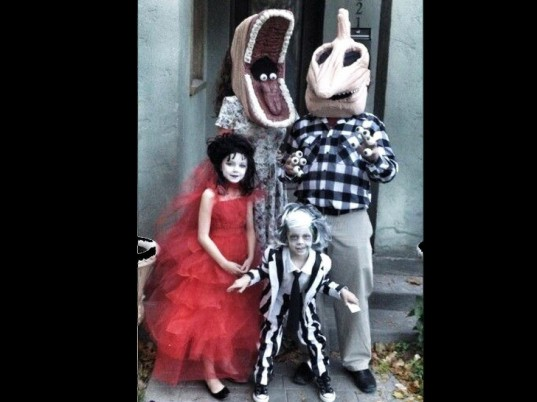 Halloween, halloween, Hallowe'en, hallowe'en, halloween costume, halloween costume contest, halloween contest, costumes, costume, costume contest, family costume, family costumes, Beetlejuice