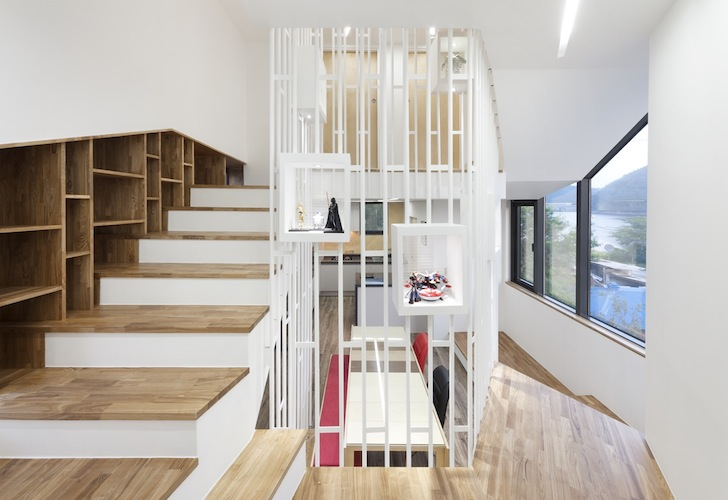 Timber-Framed Conan House is a Sculptural Toy-Filled Pod in South ...