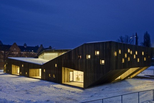 Fagerborg Kindergarten, Norway, Reiulf Ramstad Architects, Oslo, Norway, kindergarten, nursery, kindergarten design, wood kindergarten, timber structure, timber building, timber architecture, cantilever