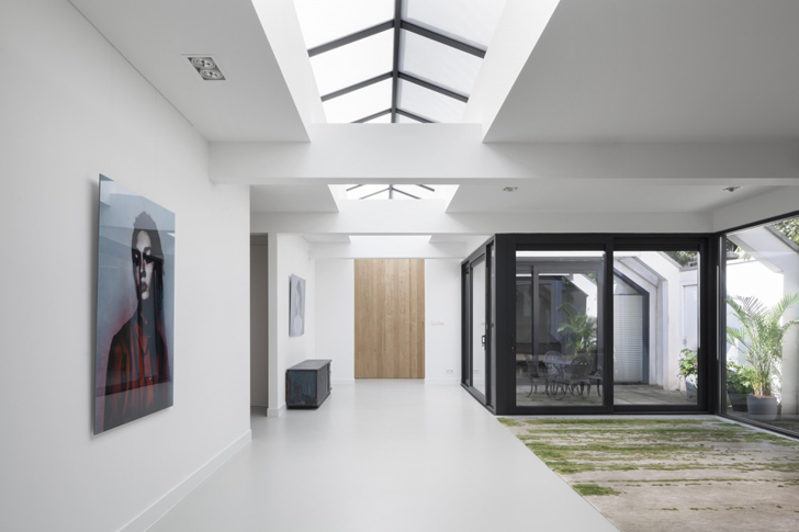 Home Interior Architecture home 11: i29 interior architects transform a garage into a daylit