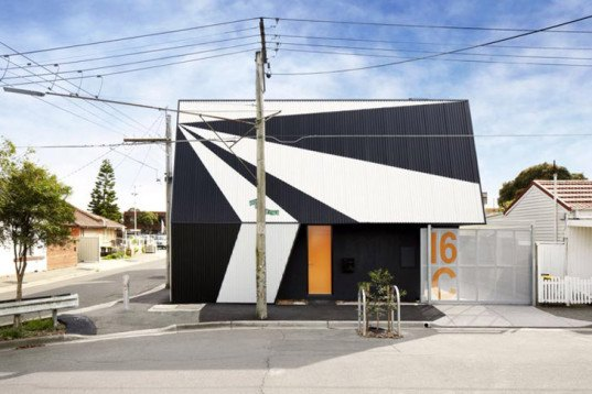 Hunter Street Home, suburbs, Australia, angular roof, pavilion architecture, ODR Architects, vernacular architecture, corrugated sheet, green redevelopment
