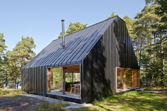 Tham & Videgård, House Husarö, metal-clad house, swedish architecture, sweden, stockholm, skylights, timber, timber interior, open plan, tectonic rationality, hardwood, sliding doors