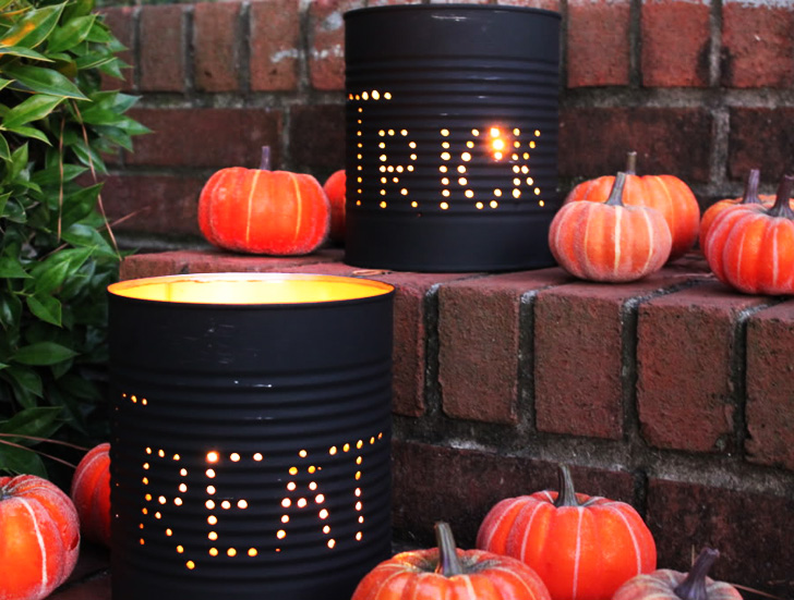 Halloween decorations you can make at home halloween for Halloween decorations you can make at home