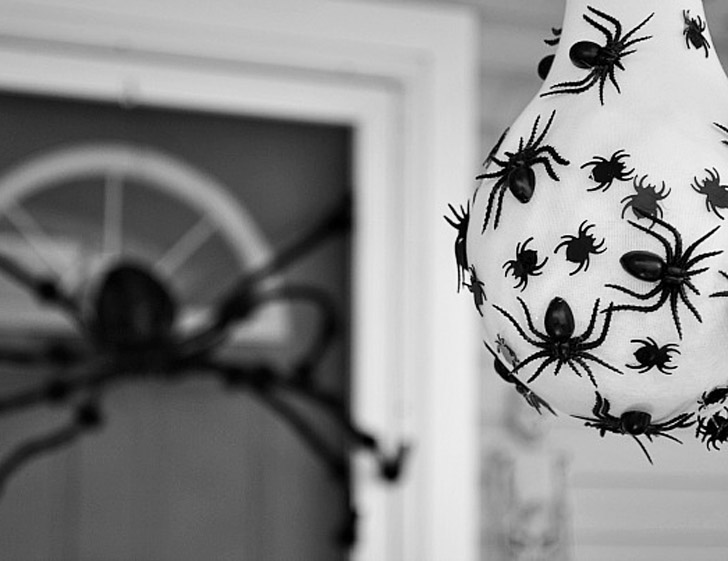 spider egg sac - Spider Halloween Decorations