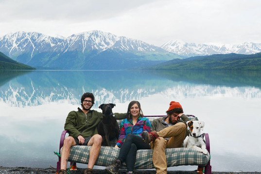 three friends, two dogs, couch surfing US, photo series, natural landscapes,