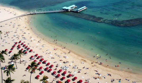 hawaii, honalulu, homeless, law, honalulu city council, criminalize, sand island, move, homeless, resorts, waikiki