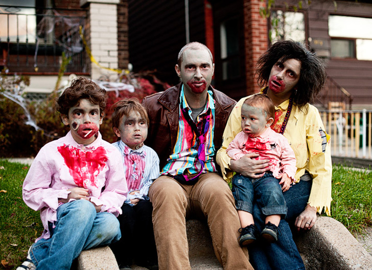 11 Brilliant Ideas For Family Costumes That Will Blow You Away