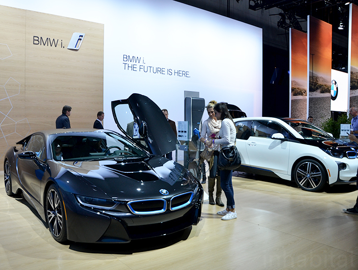 2015 Bmw I3 Wins Green Car Of The Year At The Los Angeles Auto