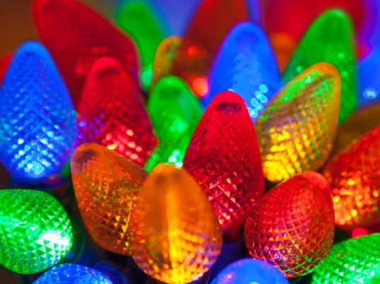 Led Christmas Lights Colors.8 Energy Efficient Led Light Strands For The Holidays