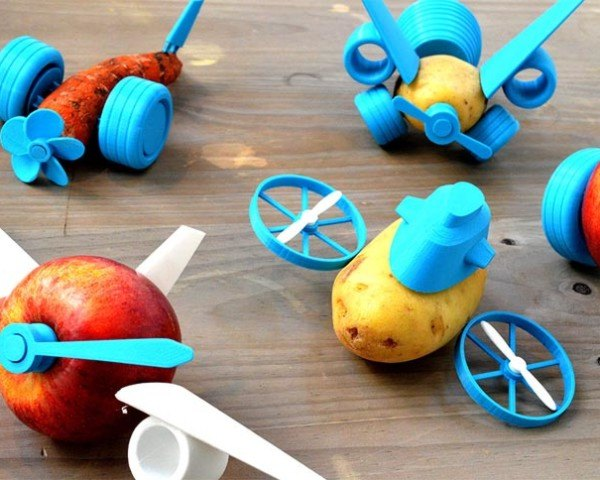 DIY toys, Le FabShop, 3d-printed toys, toys, 3d printing, 3d printing technology, makerbot, vegetable toys, paris, open-source design