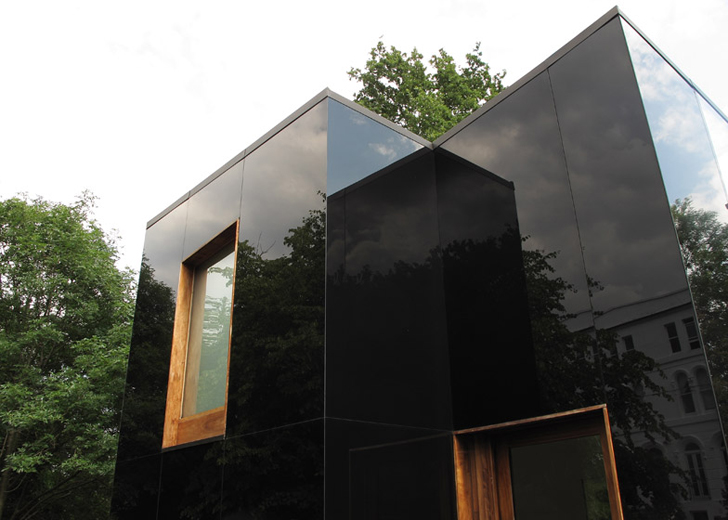 Tree House Ian Mcchesney Unveils The Black Glass Clad