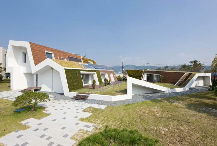 8 Ultra Low Energy Passive Houses Around The World