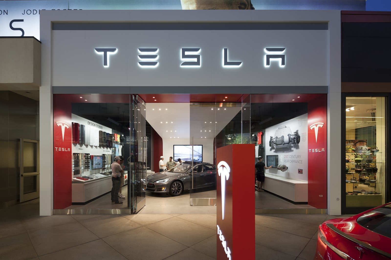 Green Car Reports Tesla Superchargers New Hybrids And Toyota S