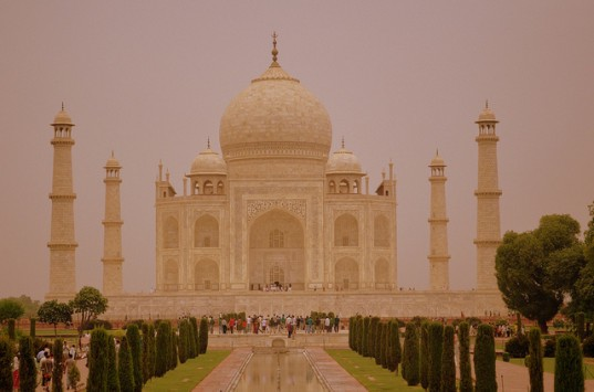 Taj Mahal, india air pollution, dust pollution, india pollution, Georgia Institute of Technology, carbon levels, carbon pollution, coal pollution,
