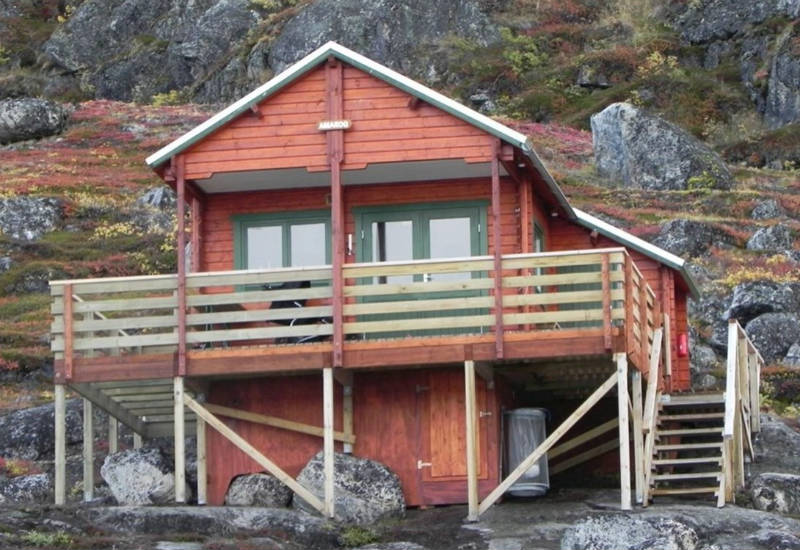 Greenland, Kapisillit, amaroq cabin, off-grid cabin, off-grid cabin Greenland, self-sufficient cabin, Greenland nature, aurora borealis, northern lights, eco tourism, eco travel