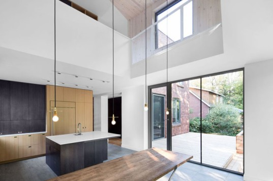 NatureHumaine, green renovation, renovation Montreal, Montreal, Canada, Canadian architecture, brick building, daylit architecture, extensions, family house, natural lighting, daylight