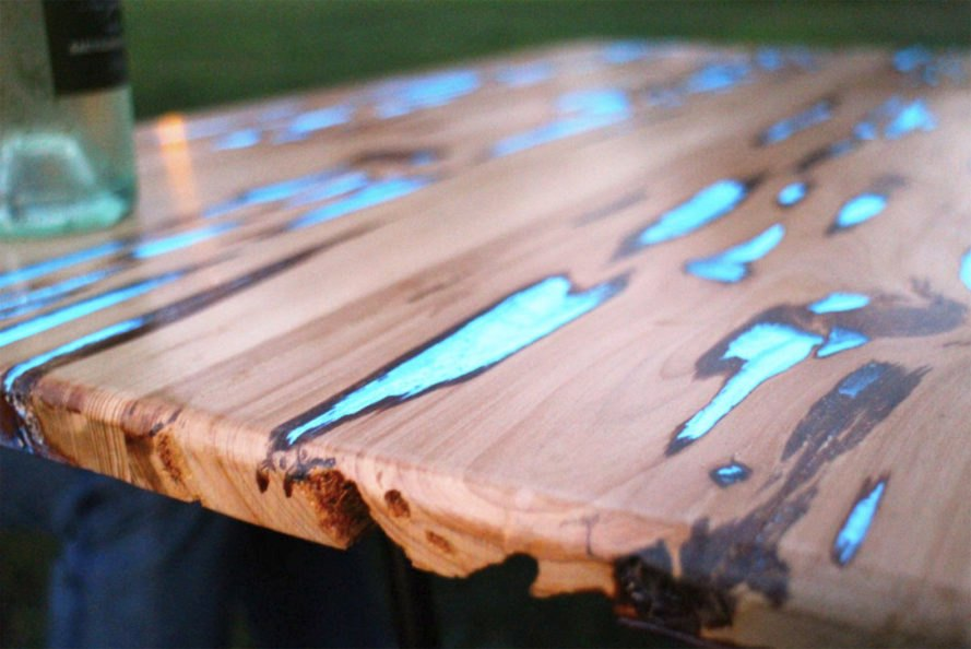 How To Make A Stunning Wooden Table With Glow In The Dark
