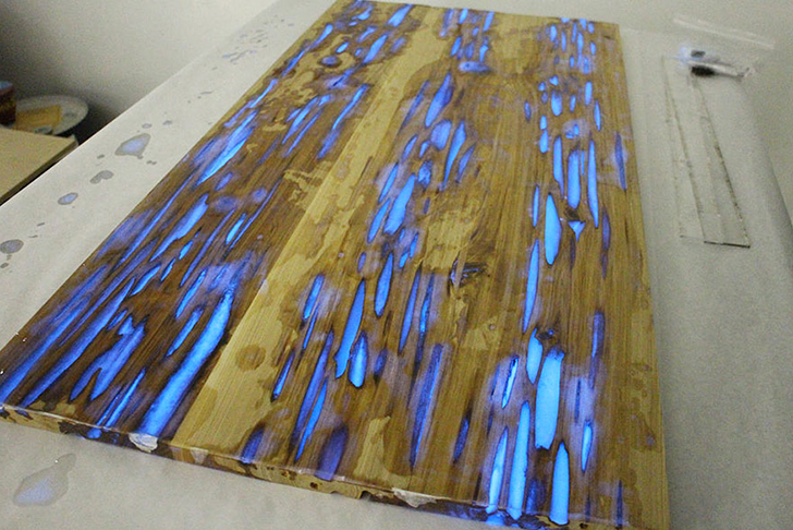 Displaying ad for 5 seconds. HOW TO  Make a stunning wooden table with glow in the dark resin