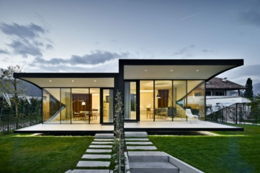 Mirror Houses, Peter Pichler, luxury rental, eco travel, italy, vacation rental, peter pichler architecture