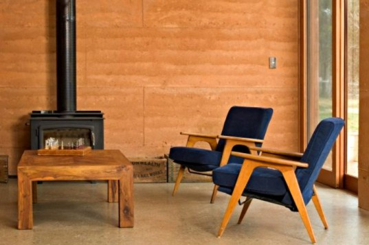 Rammed Earth House, Steffen Welsch Architects, rammed earth home, rammed earth, victoria, off-grid, net zero house, zero energy house