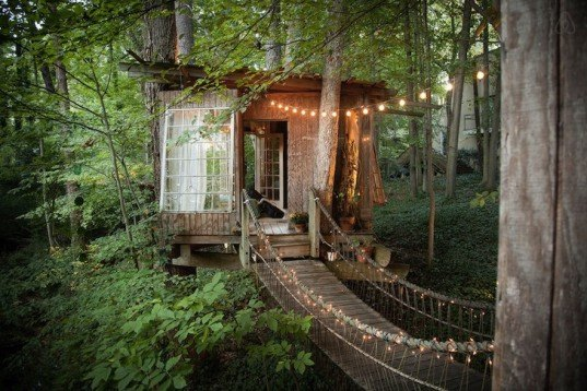 Peter Bahouth, Airbnb, Airbnb rental, Secluded Intown Treehouse, treehouse, Atlanta, airbnb treehouse, magical treehouse, reclaimed materials, salvaged materials, antiques, short leaf pine