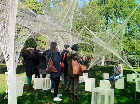 modular pavilion, temporary pavilion, stars pavilion, free standing pavilion, sawn timber, nylon rope, central steel joint, Ehsan Jahani, London, London pavilion competition, locally available materials, pavilion