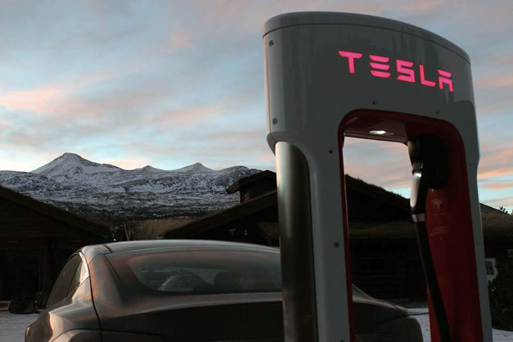Tesla's new battery swap station will give electric ...
