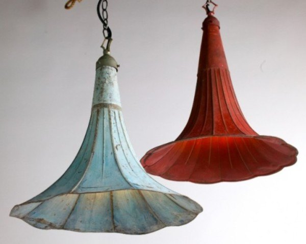 repurposed gramophone lamps, diy lighting, repurposed lamps, repurposed gramophones, antique lamps, pendant lighting
