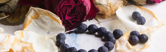 rose petal beads, Valentine's day, roses, rose beads, DIY rose beads, best DIY posts, best of inhabitat, best DIY stories of 2014, DIY, DIY posts, DIY stories, DIY stories of 2014