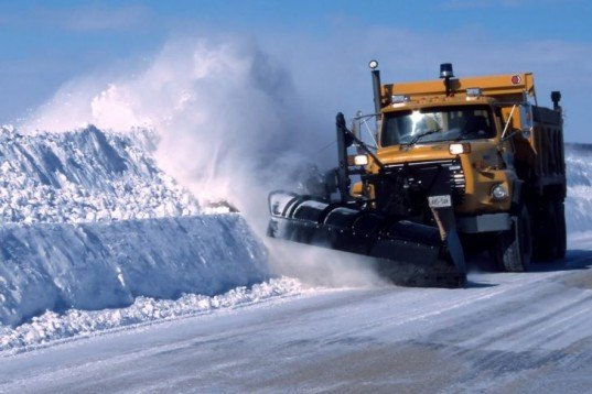 road salt, eco issues, water damage, ground water issues, waterways, water pollution, water runoff, groundwater, stormwater runoff, rivers, streams